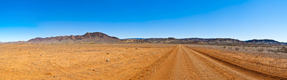 Großes Hinterlandpanorama mit freiem Himmel Lizenzfreies Stockbild