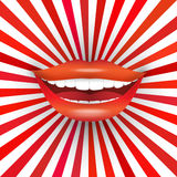 Großes Lächeln auf rotem Sonnendurchbruch Stockfotografie