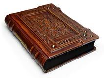 Großes ledernes gebundenes Buch mit lateinischem Text ` memento mori ` Englische Übersetzung des lateinischen Textes ist: ` Erinn lizenzfreie stockfotografie