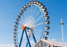 Großes Rad beim Oktoberfest in München Stockfotografie