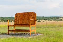 Großes großes riesiges Stuhl-draußen Ackerland Lizenzfreie Stockfotos