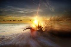 Großes Spritzen und Sonnenaufgang Lizenzfreies Stockfoto