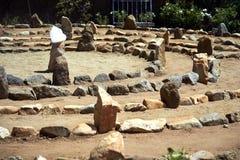 Großes Stein- und Sandlabyrinth badete in der Mittagssonne stockfotografie