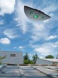 Großes UFO lizenzfreie stockbilder