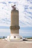 Großes Utrish, Russland - 17. Mai 2016: Monument zum Leuchtturm auf der Insel von Utrish, errichtet im Jahre 1975 im Tribut zu al Lizenzfreie Stockfotos