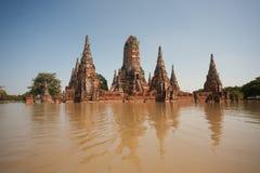Großfluten am Ayuttaya Tempel in Thailand. Lizenzfreies Stockbild