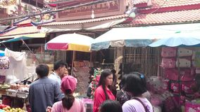 Großhandelsshop an der Porzellanstadt, Thailand stock video