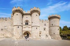 Großmeister-Palast in der mittelalterlichen Stadt von Rhodes Rhodes, Griechenland stockbilder