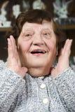 Großmutter bilden ein überraschtes Gesicht Lizenzfreies Stockfoto