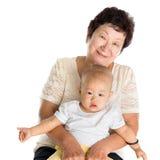 Großmutter und Enkelkind stockbild