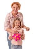 Großmutter und kleines Mädchen Lizenzfreie Stockbilder
