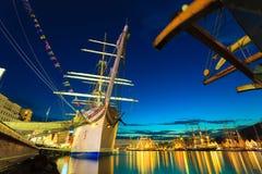 Großsegler läuft im Hafen am 26. Juli 2014 in Bergen, Norwegen Stockbild
