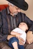 Großvater und Enkel Lizenzfreies Stockfoto