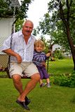 Großvater und Enkel Lizenzfreie Stockbilder