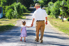 Großvater und Enkelin Stockfotos