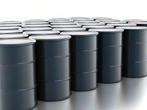 Grobe Ölfässer Stockfoto
