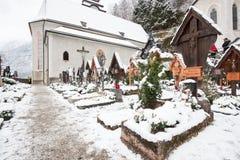 Grobowiec chrześcijanin w Hallstatt hesitage mieście 4000 rok w Austria zdjęcie royalty free