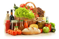 Free Grocery Products In Shopping Basket Royalty Free Stock Image - 28091866
