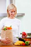 Grocery shopping woman Royalty Free Stock Images