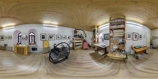 GRODNO, БЕЛАРУСЬ - ЯНВАРЬ 2019: Полностью сферически безшовная панорама 360 градусов взгляда угла в интерьере студии художника на стоковое изображение rf