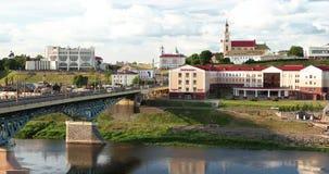 Grodno Vitryssland Bro teater för drama över för den Neman floden, Grodno regional, St Francis Xavier Cathedral And Bernardine lager videofilmer