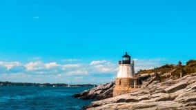Grodowa wzgórze latarnia morska Newport Obrazy Royalty Free