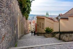 Grodowi schodki Hradcany kasztel w Mala Strana, Praga Obrazy Stock