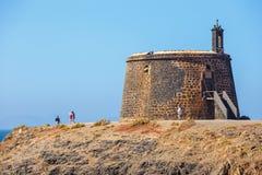 Grodowy Castillo De Las Coloradas na falezie w Playa Blanca, Lanzarote, wyspy kanaryjska Zdjęcia Royalty Free