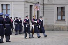 grodowy strażowy zaszczyt Prague Obrazy Royalty Free