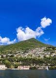 Grodzki Cernobbio na Como jeziorze Zdjęcia Royalty Free