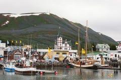 Grodzki Husavik - centrum wielorybi dopatrywanie w Iceland zdjęcie stock