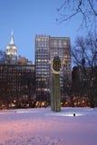 Große allgemeine Skulptur Bling durch amerikanischen Künstler Martin Puryear in Madison Square Park Lizenzfreies Stockfoto