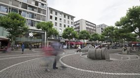 Groe Bockenheimer Strasse时间间隔视图在法兰克福 股票视频
