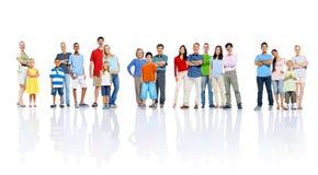 Große Gruppen-Leute, die Gemeinschaftskonzept feiern Lizenzfreies Stockbild