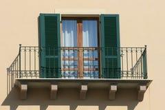 Groen balkon stock afbeelding