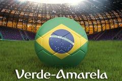 Groen en Geel op de taal van Brazilië op de bal van het voetbalteam op grote stadionachtergrond Het concept van de het Teamconcur stock illustratie