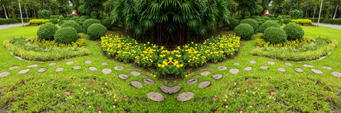 Groen Gazon en Bomenpark royalty-vrije stock fotografie