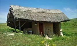 Groen huis - de hut van klei met dak royalty-vrije stock foto's