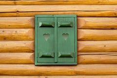 Groen huisvenster stock afbeeldingen