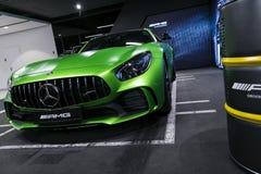 Groen Mercedes-Benz AMG GTR 2018 V8 bi-Turbo buitendetails, Koplamp Front View Auto buitendetails royalty-vrije stock afbeelding
