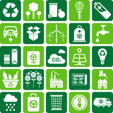 Groen milieu en kringlooppictogrammen Stock Foto's