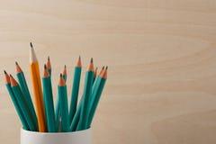 groen of oranje? stock foto's