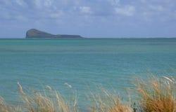 Groen schoon water van Indische Oceaan in Mauritius Royalty-vrije Stock Foto's