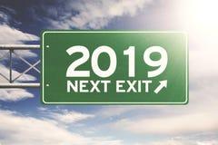 Groen voorzie met nummer 2019 van wegwijzers stock afbeeldingen