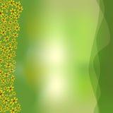 Groene achtergrond met groene overlappende golven en kleine witte bloemen voor de lente reclameontwerp, plaats Stock Afbeeldingen