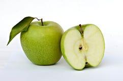 Groene appel en sectie Stock Afbeelding