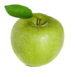 Groene appel met bladeren Royalty-vrije Stock Afbeeldingen