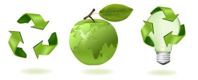 Groene appel met van de wereldkaart en ecologie pictogrammen. stock illustratie