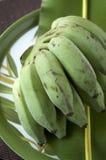 Groene banaan op aardachtergrond Royalty-vrije Stock Foto