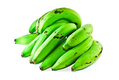 Groene bananen die op witte achtergrond worden geïsoleerde Stock Afbeelding